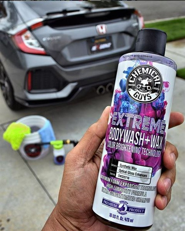 Extreme Body Wash & Wax with Color Brightening Technology